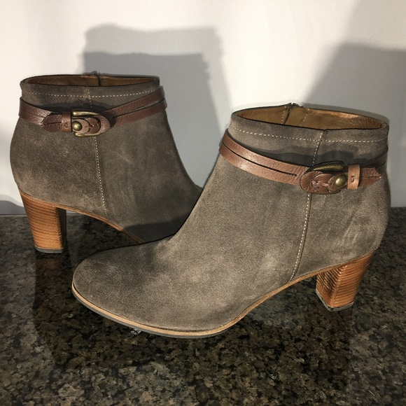 7d48178bae4 Alberto Fermani Shoes | Ginose Ankle Bootie | Poshmark